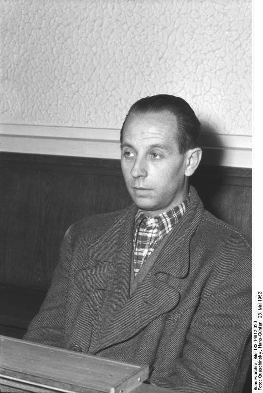 Johann Burianek am 23. Mai 1952 auf der Anklagebank in Berlin/DDR