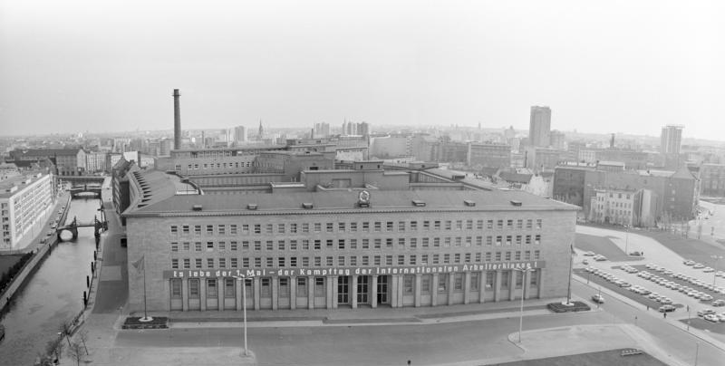 Berlin, Gebäude des ZK der SED