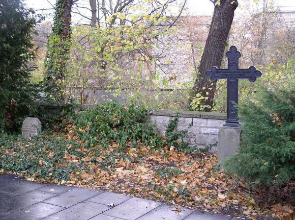 friedhof-der-marzgefallenengraber
