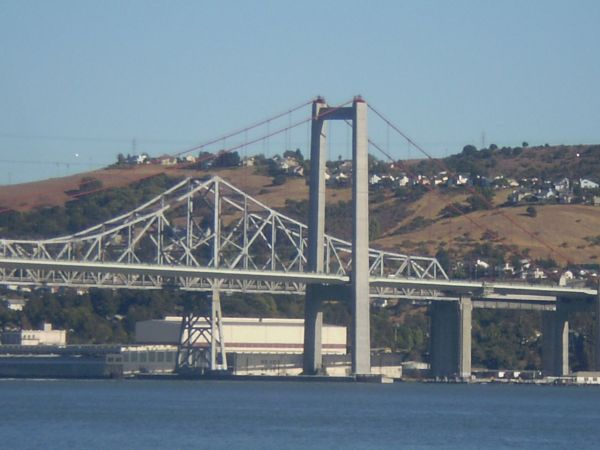 Die Carquinez-Brücke