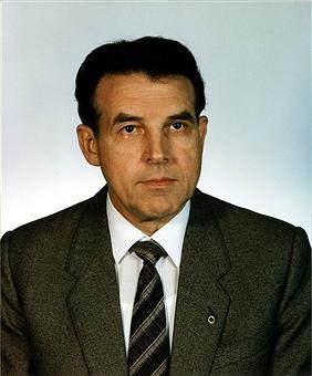 Lothar Ahrendt