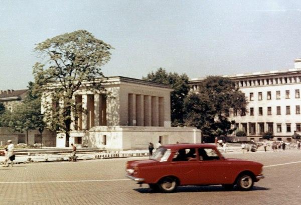 Das Georgi-Dimitroff-Mausoleum im August 1969