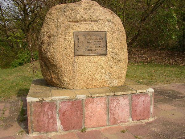 Schill-Gedenkstein an der Baumgartenbrücke in Geltow