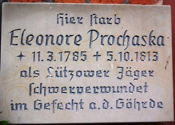 Gedenktafel für Eleonore Prochaska an ihrem Sterbehaus, Lange Straße, Dannenberg