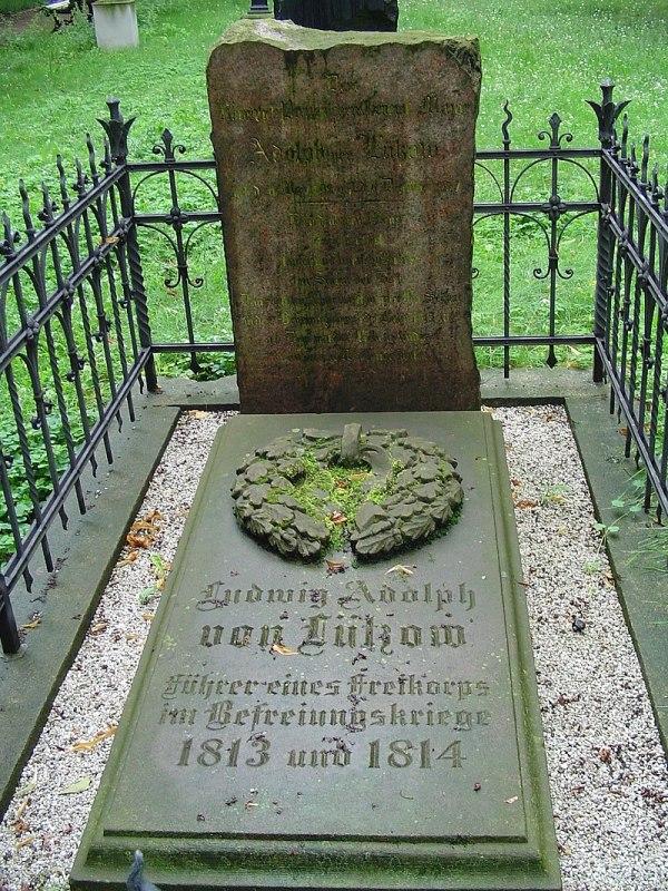 Grab auf dem Alten Garnisonfriedhof Berlin