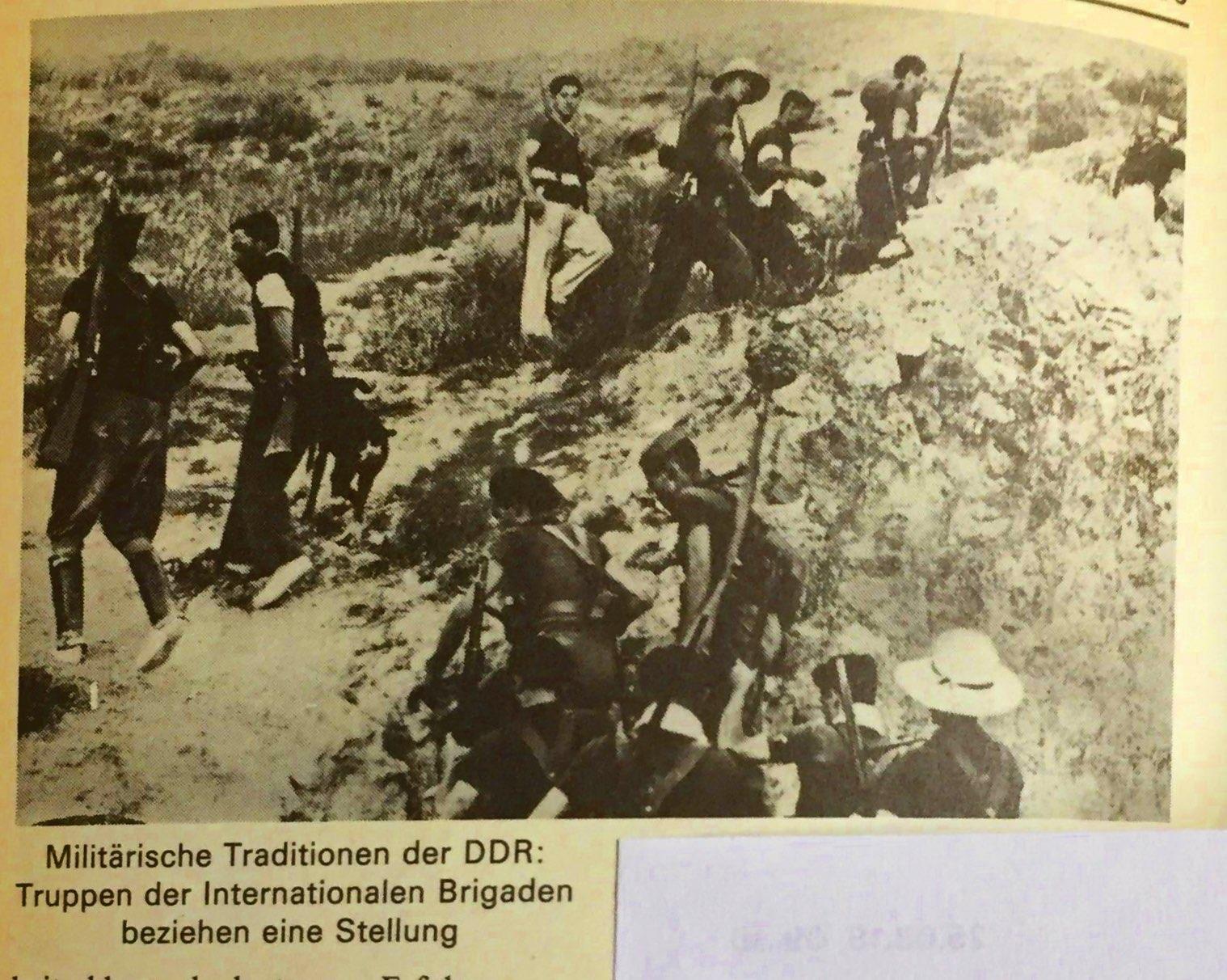 Die militärischen Traditionen der DDR