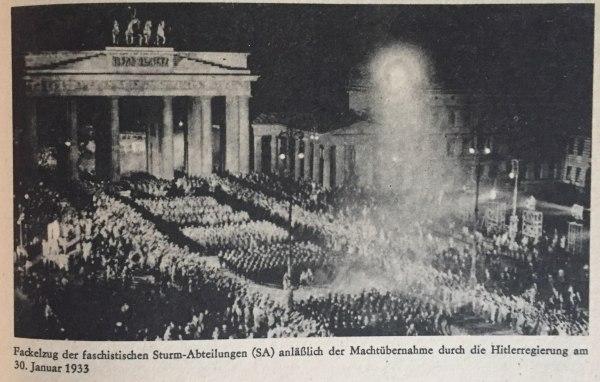 Fackelzug anlässlich Machtübernahme Hitlers 30.01.1933