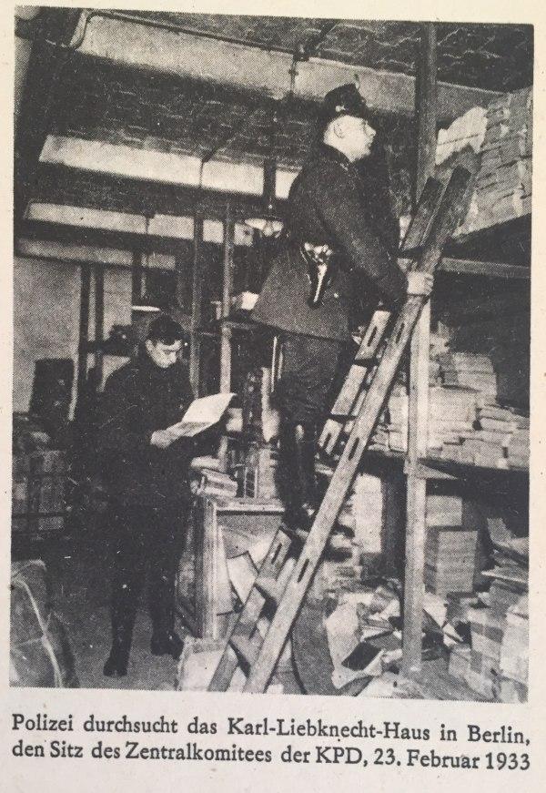 Polizei durchsucht Karl-Liebknecht-Haus 23.02.1933