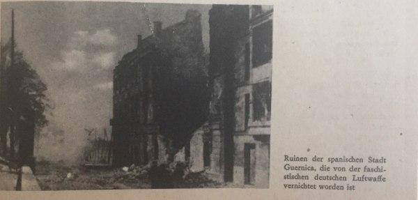 Zerstörte spanische Stadt Guernica Kopie