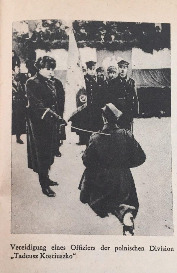 Vereidigung eines polnischen Offiziers