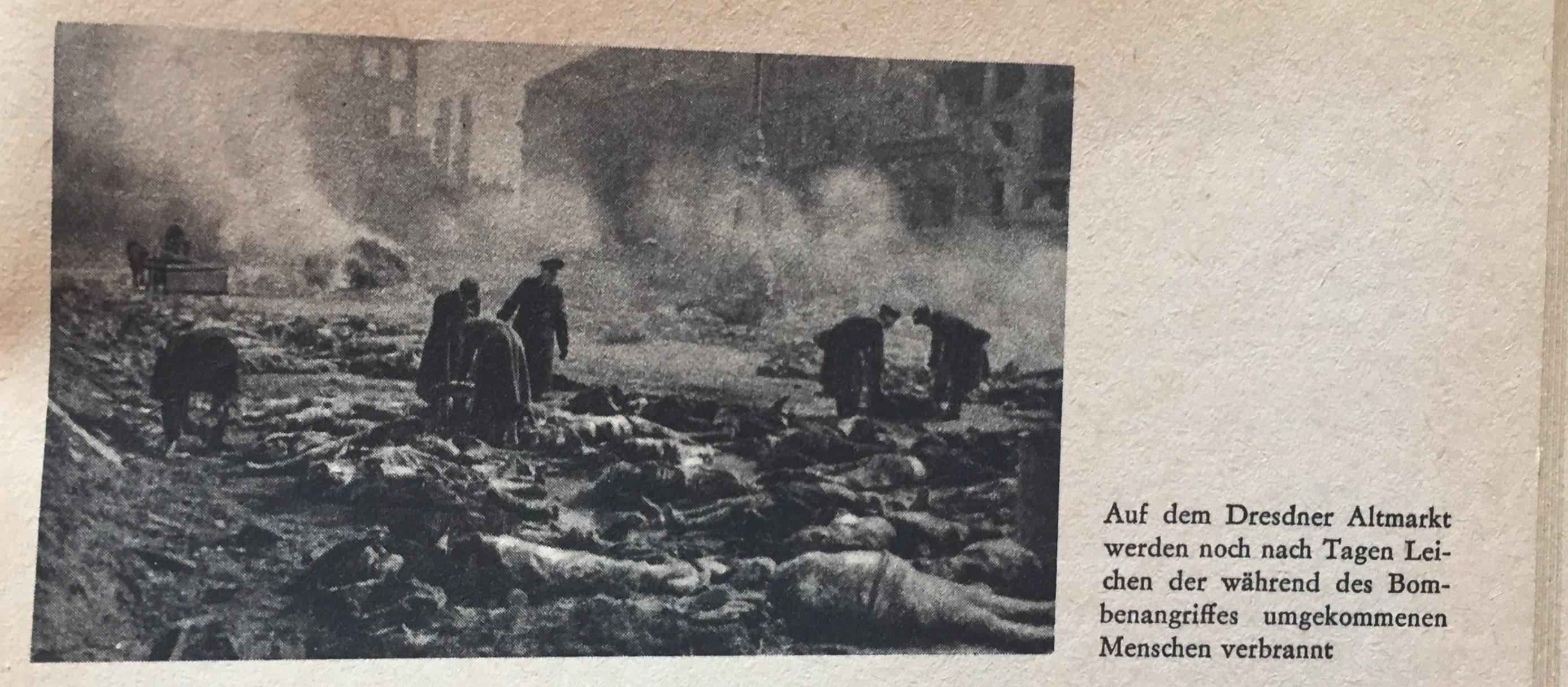 Dresdner Altmarkt nach Bombenangriff