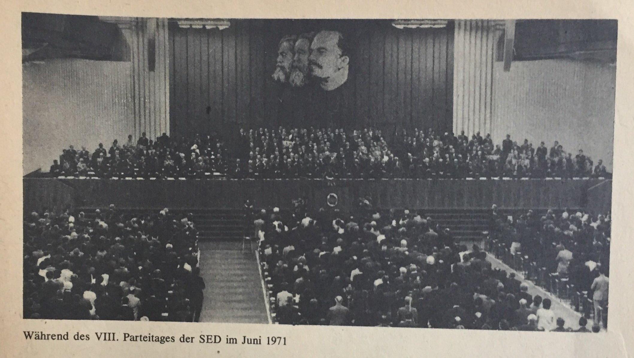 Der VIII. Parteitag der SED und seine Bedeutung